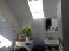 Bad mit Dusche, WC und Waschmaschinenanschluss DG
